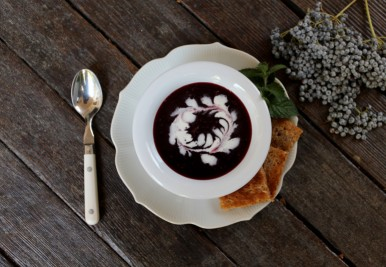 Chilled Elderberry Soup