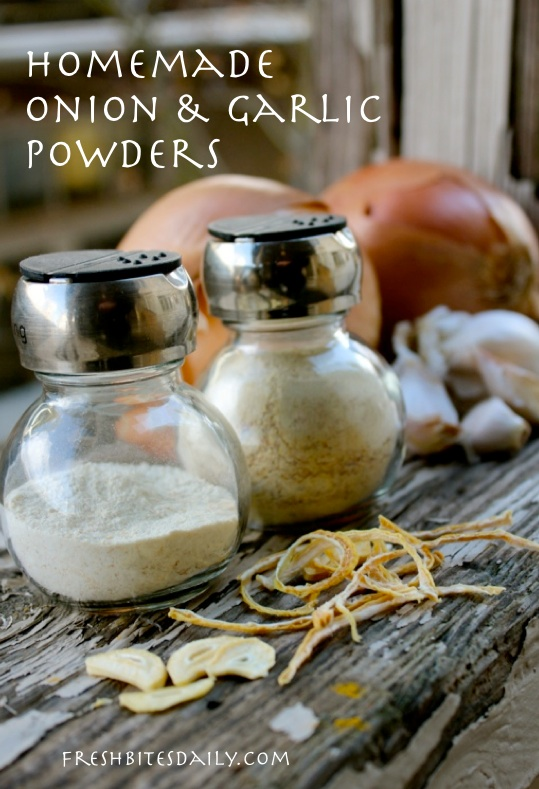 Homemade onion and garlic powders: Are they worth the time? Yes, we think so. Check it out!