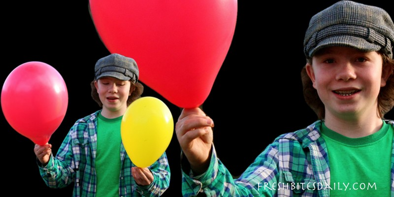 This is how you can make a really giant balloon (plus the coolest way to blow up a balloon)